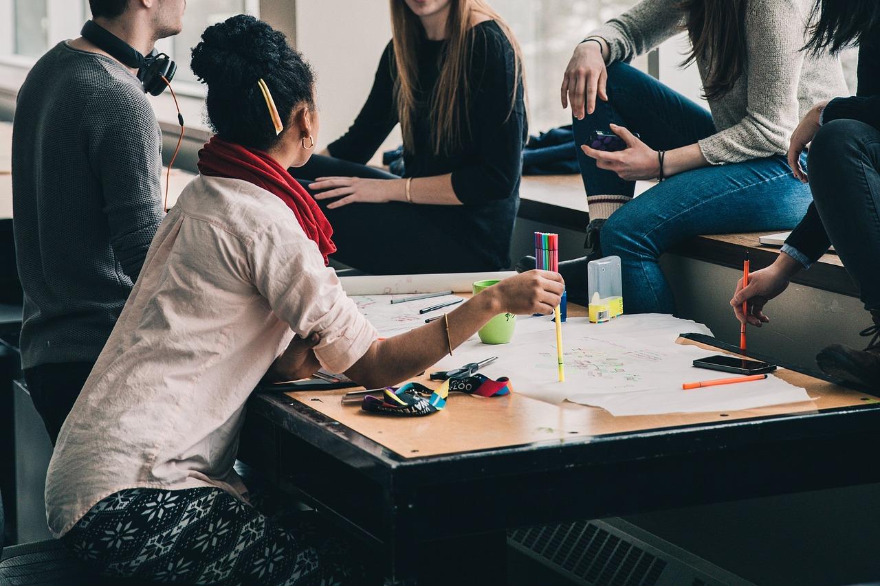 Helping Students Teaching Header Image