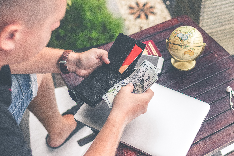 Travel Cash Credit Card Article Image