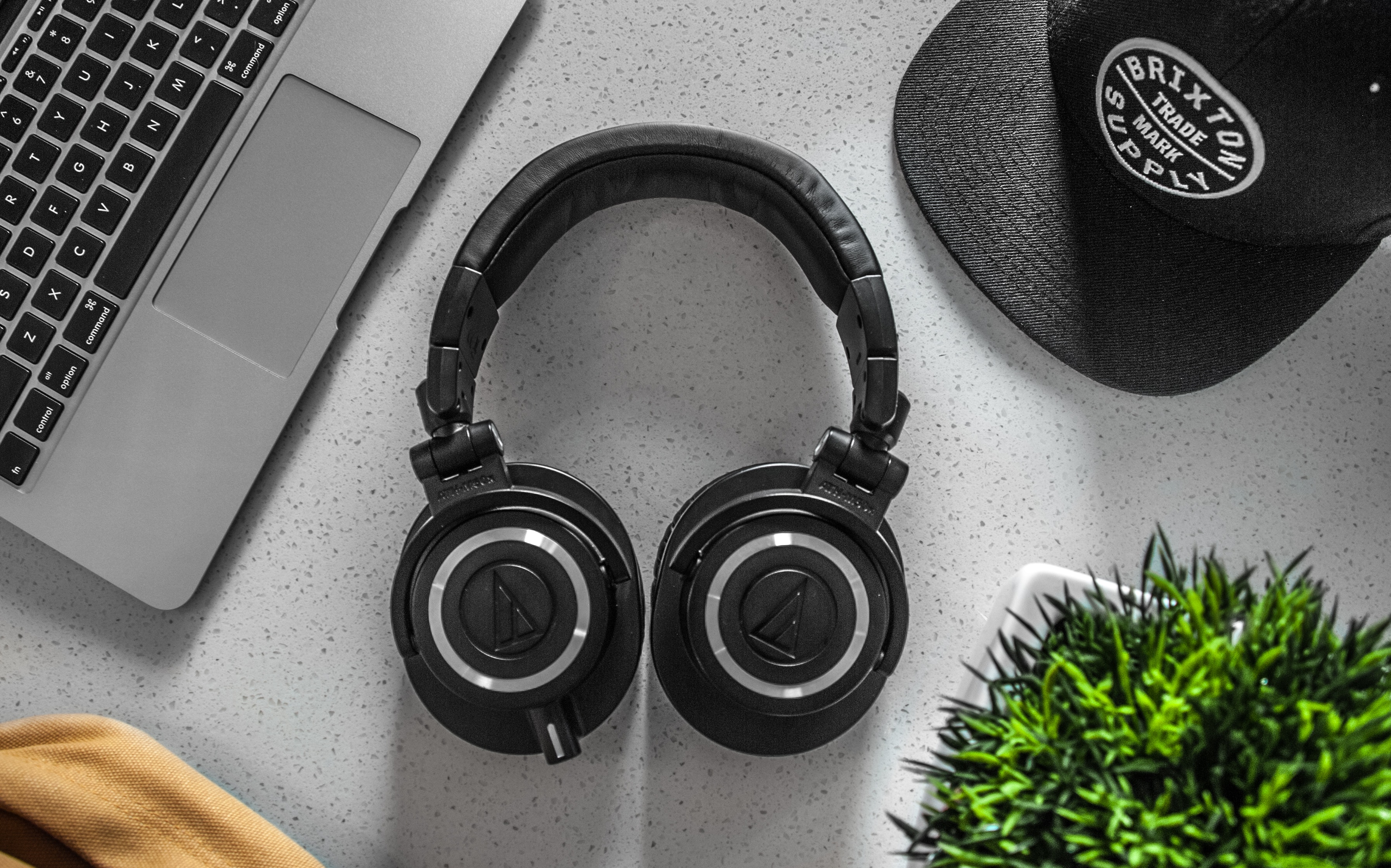 Wireless Headphones Tips Header Image