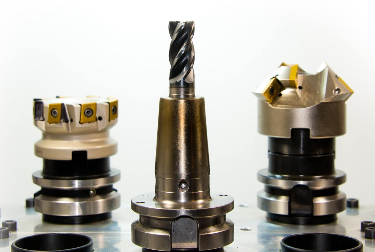 5 Business Apps Manufacturing Article Image
