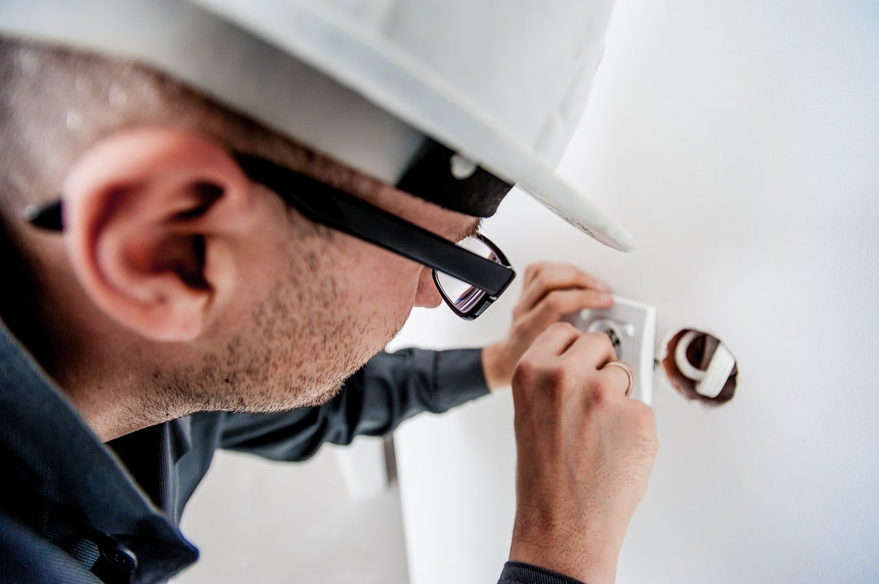 Electrician Work Guide Header Image