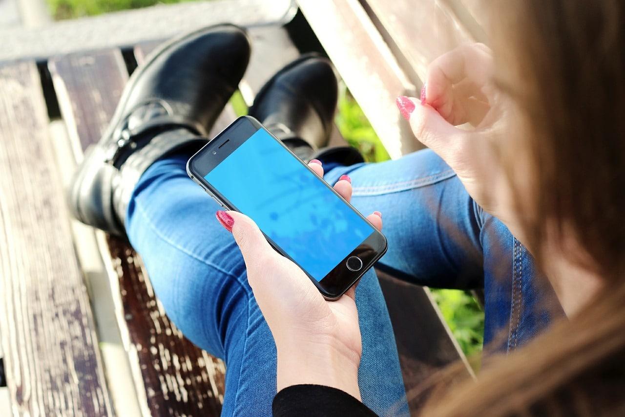 Strengthening Family Bonding In The Era Of Gadgets