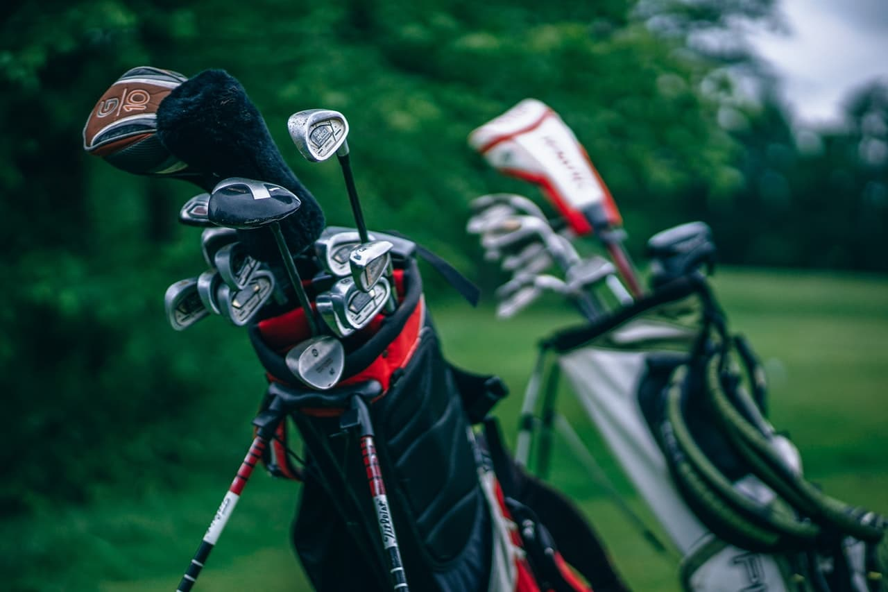 Golf Club Senior Guide Header Image