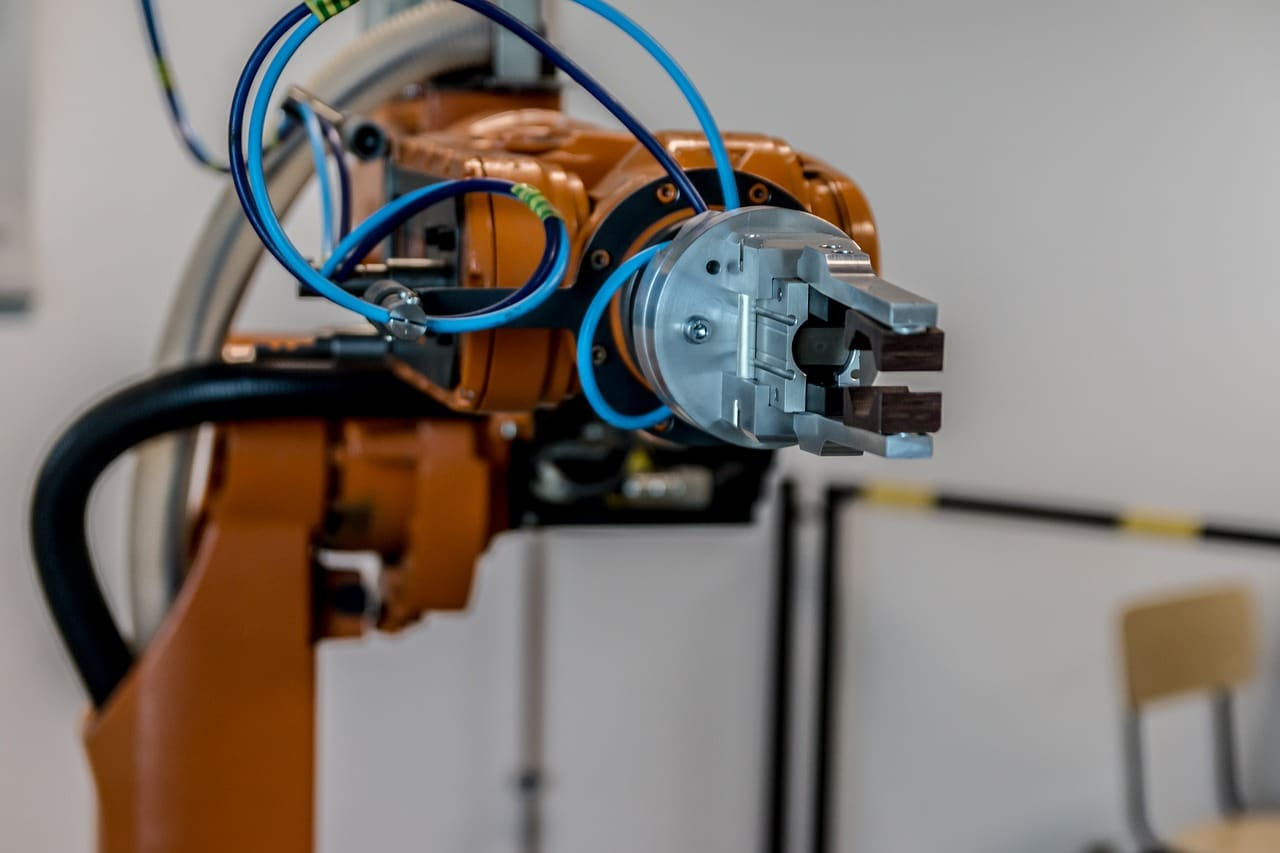Robots Human Element Article Image