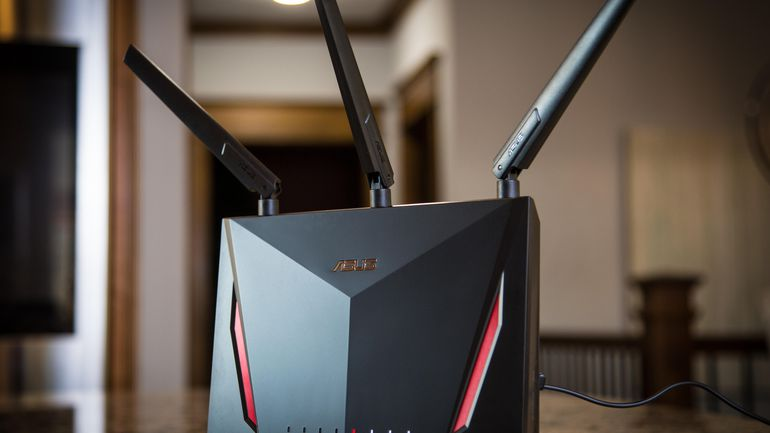 Unsecure Router Hacker Attack Article Image