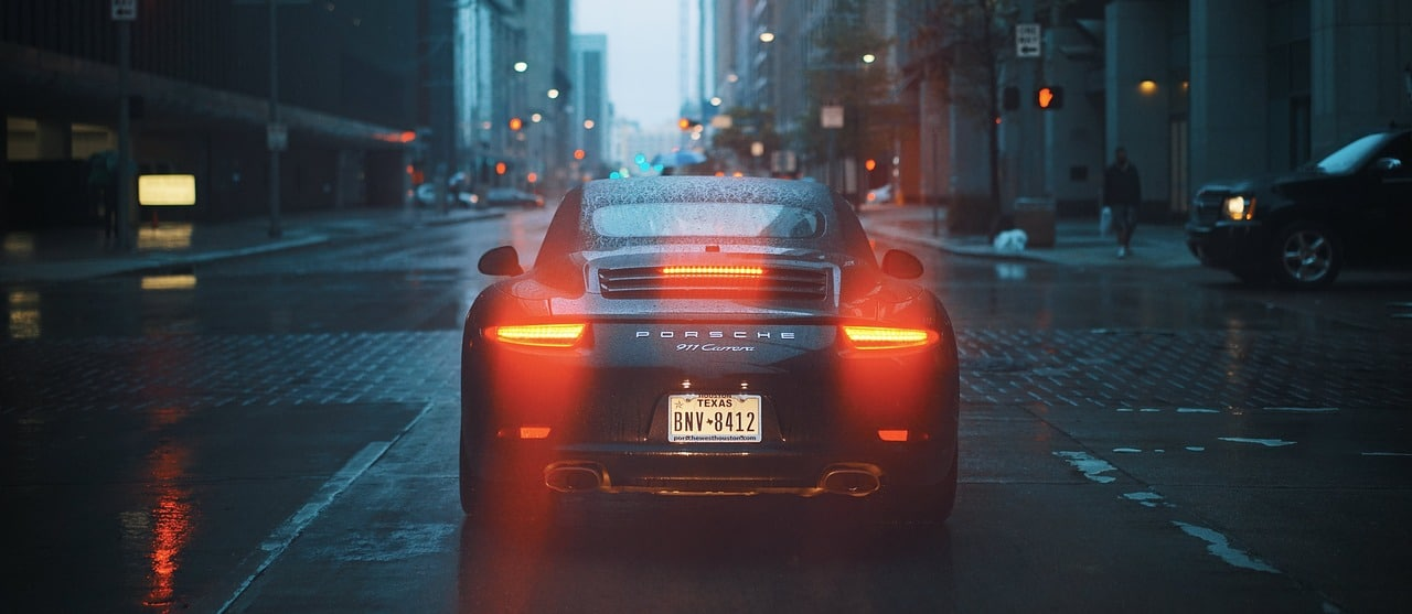5 Things To Consider Before Buying A Sports Car