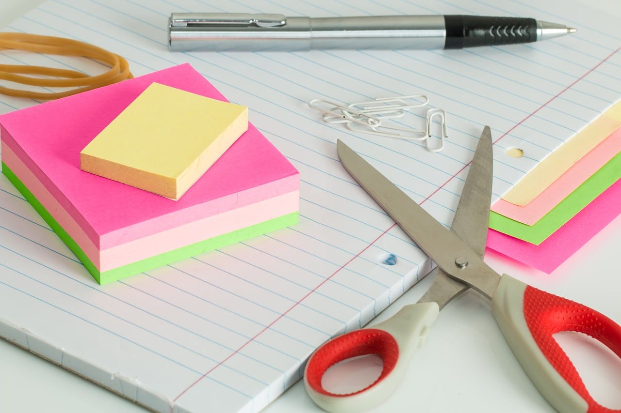 Cleaning Managing Office Mess Article Image