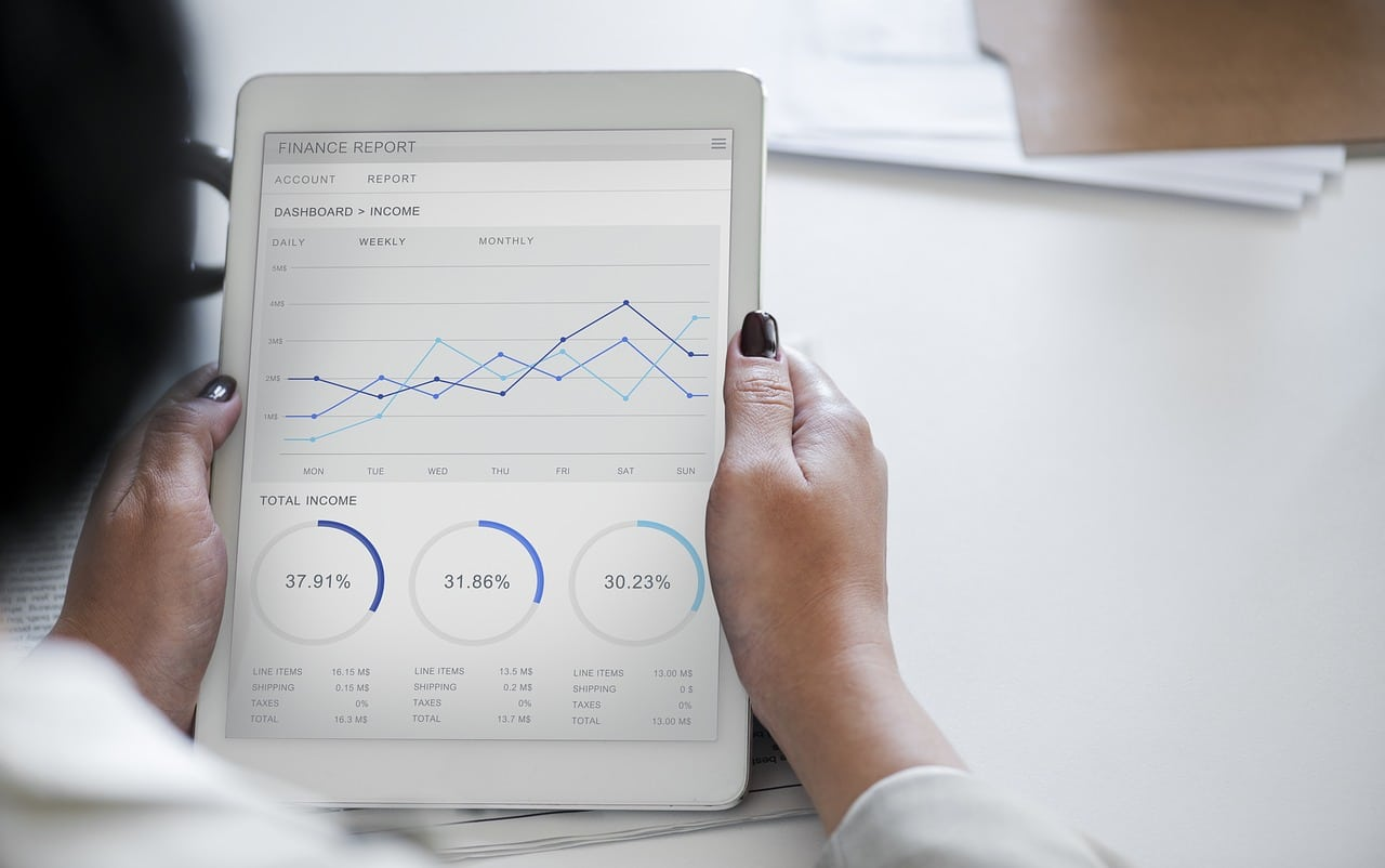 Data Analysis Development Courses Header Image