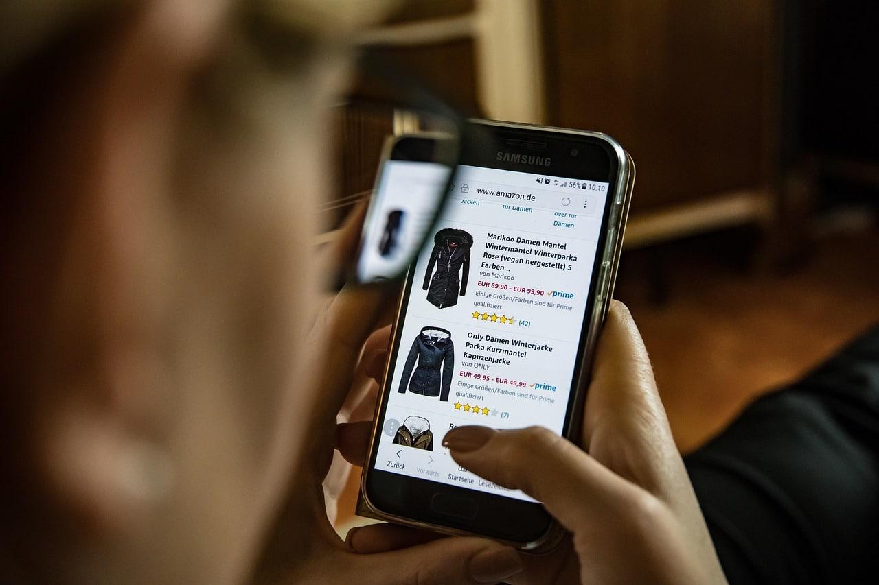 M-Commerce Mobile App Header Image