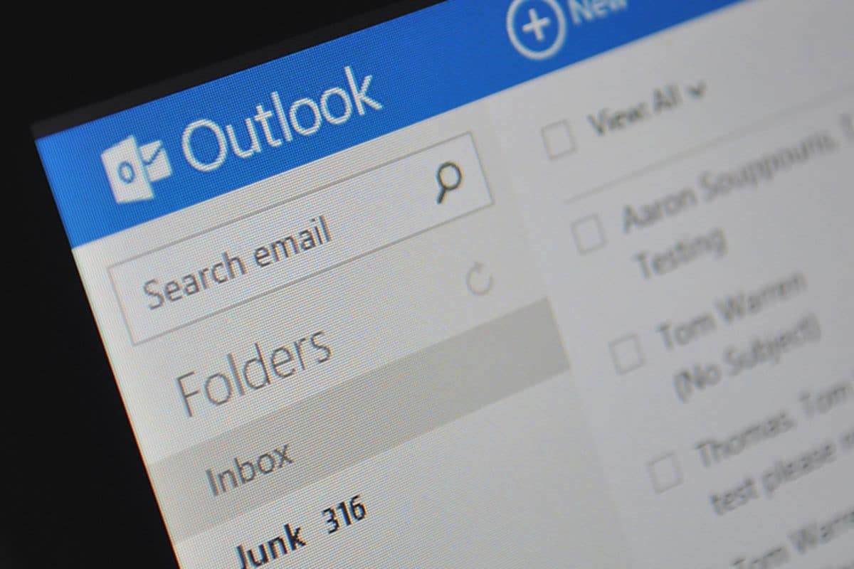 Outlook Email Migration Header Image