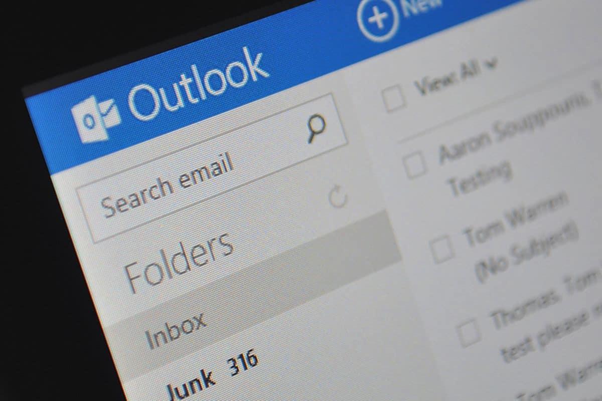 Outlook Email Migration Header Image