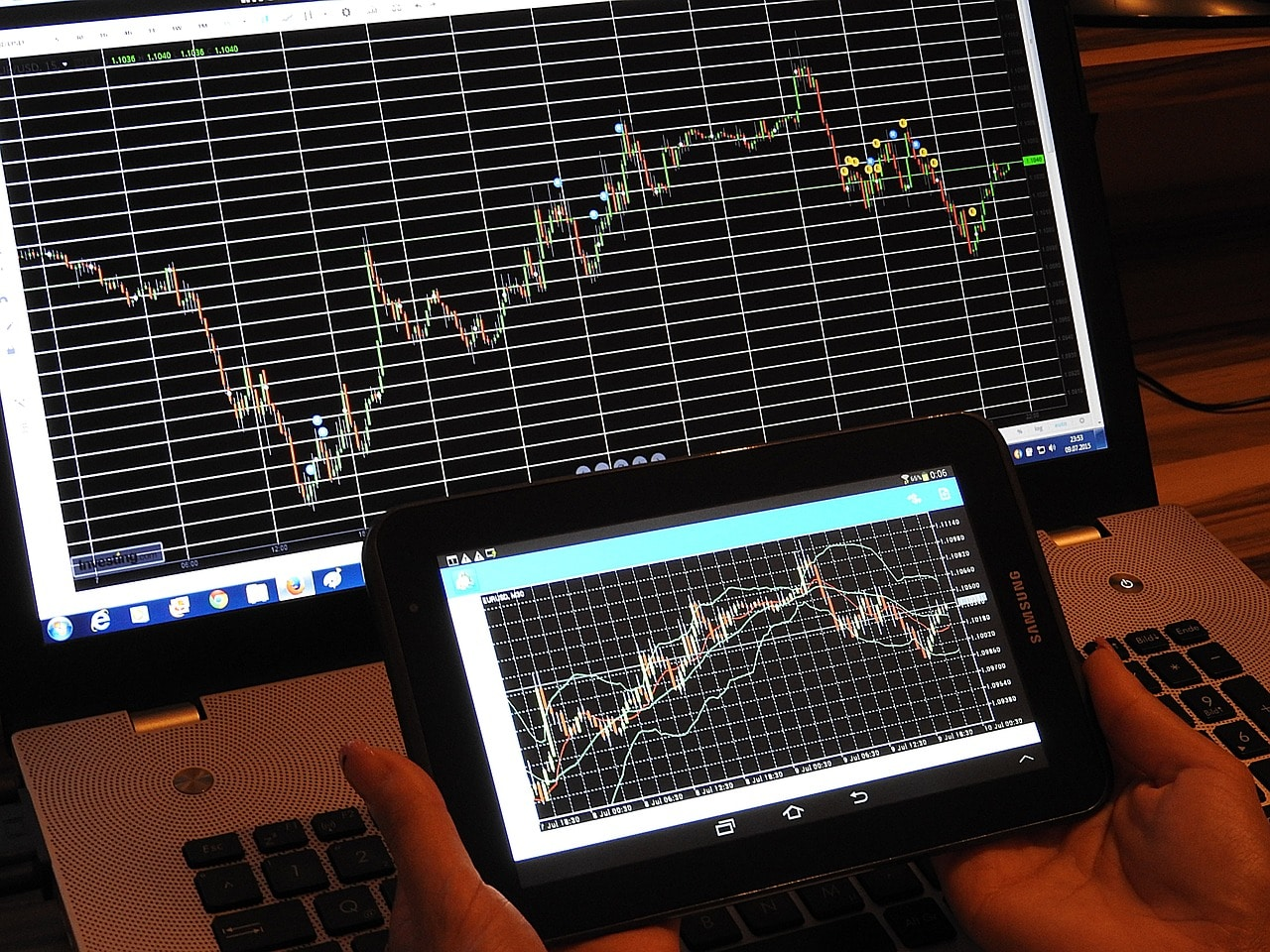 Trade Forex Cryptocurrency Article Image