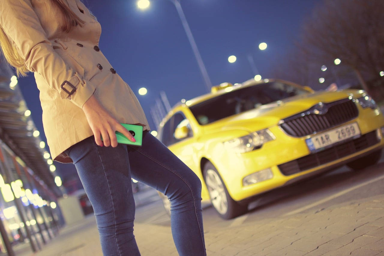 Airport Transfers Tips Header Image