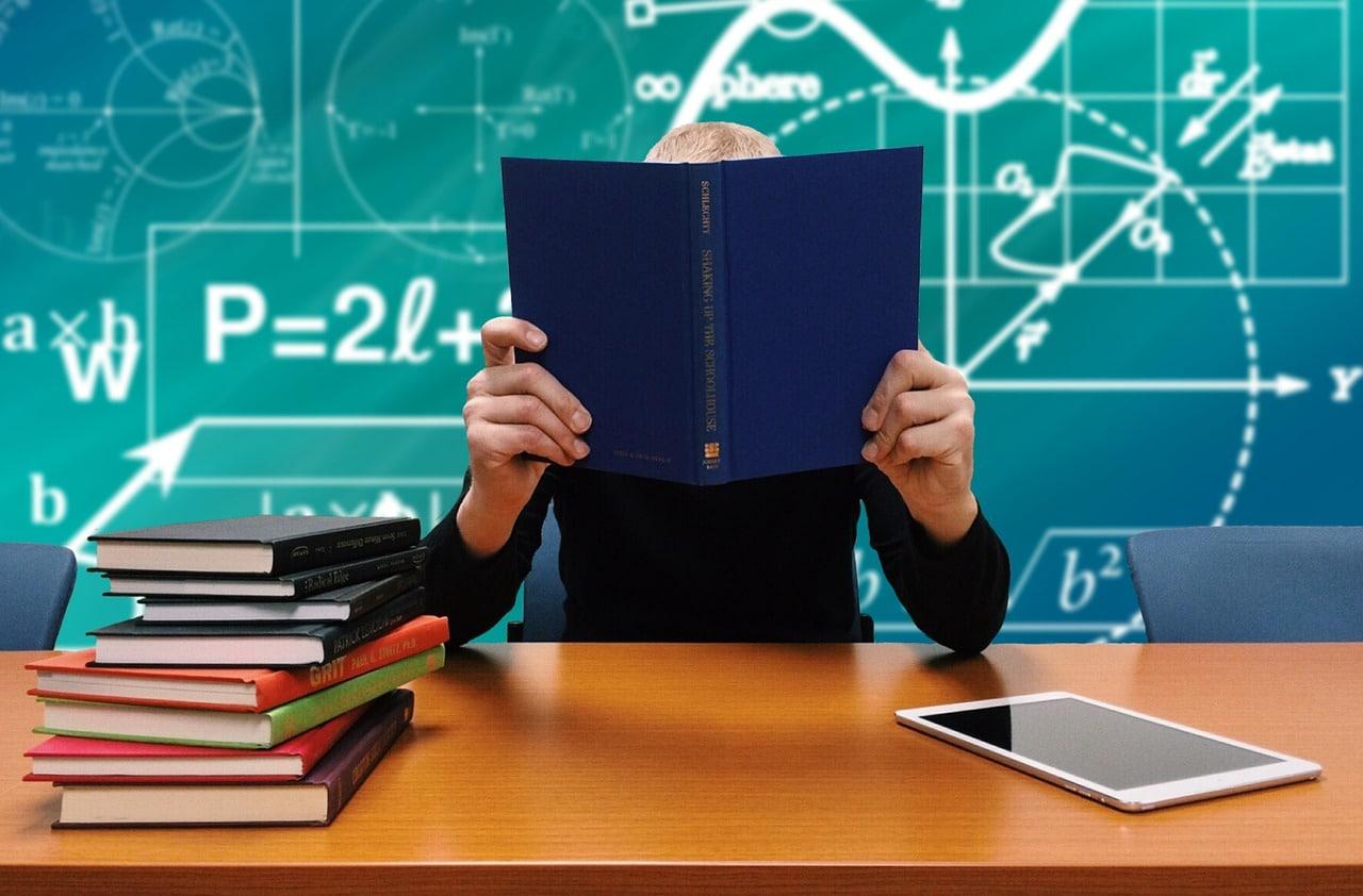 5 Ways Boost School Spirit Article Image