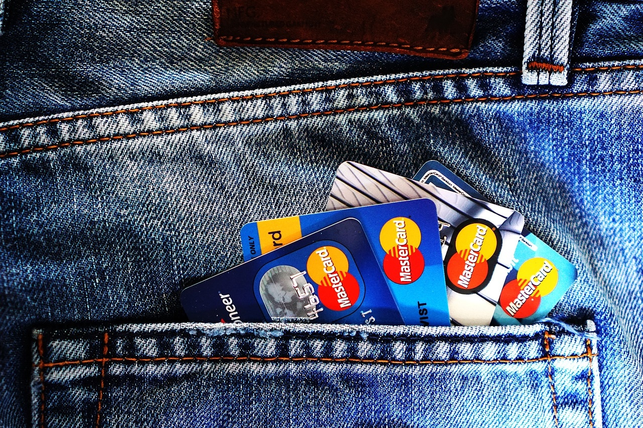 Manage Credit Card Article Image