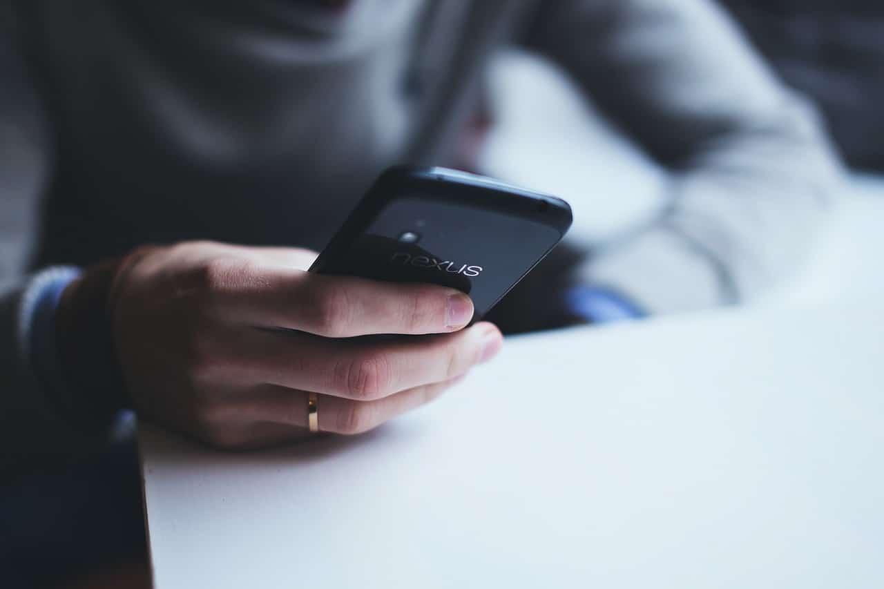 Modern Smartphone Mobile Age Header Image