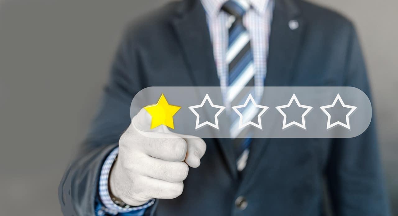 Negative Online Reviews Header Image