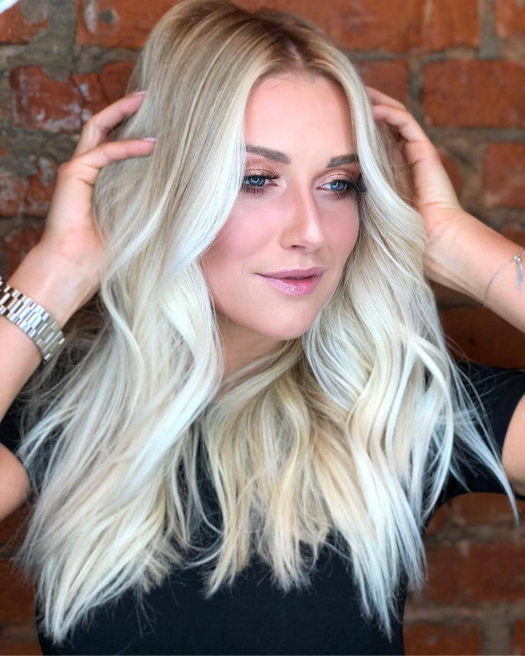 Platinum Blonde Hair Color Article Image 9