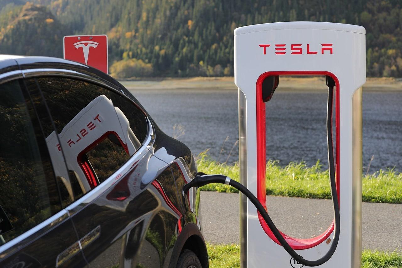 Tesla Car Models Header Image