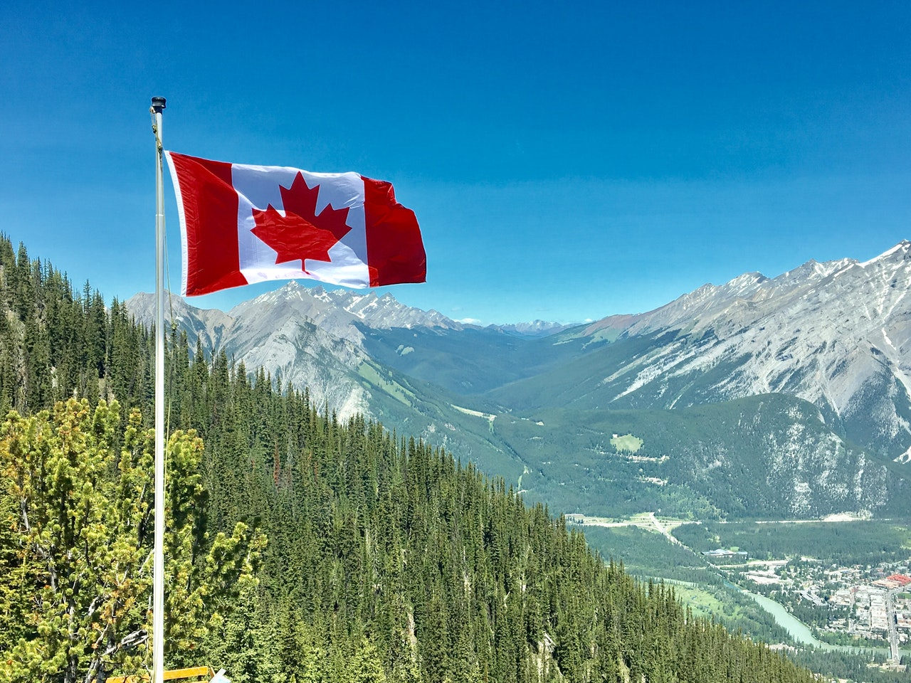 Move Canada USA Header Image
