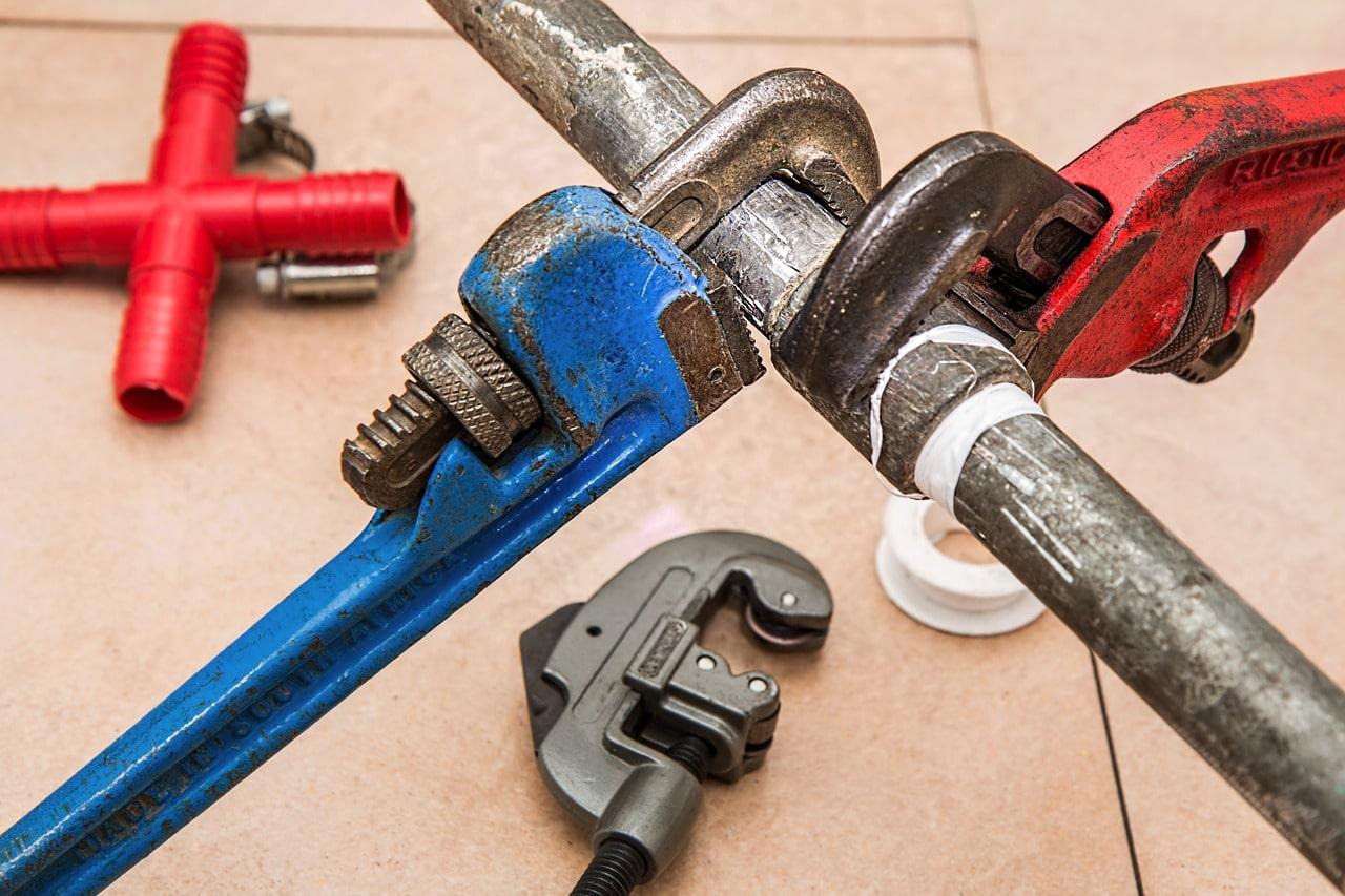 Plumber Bills Tips Header Image