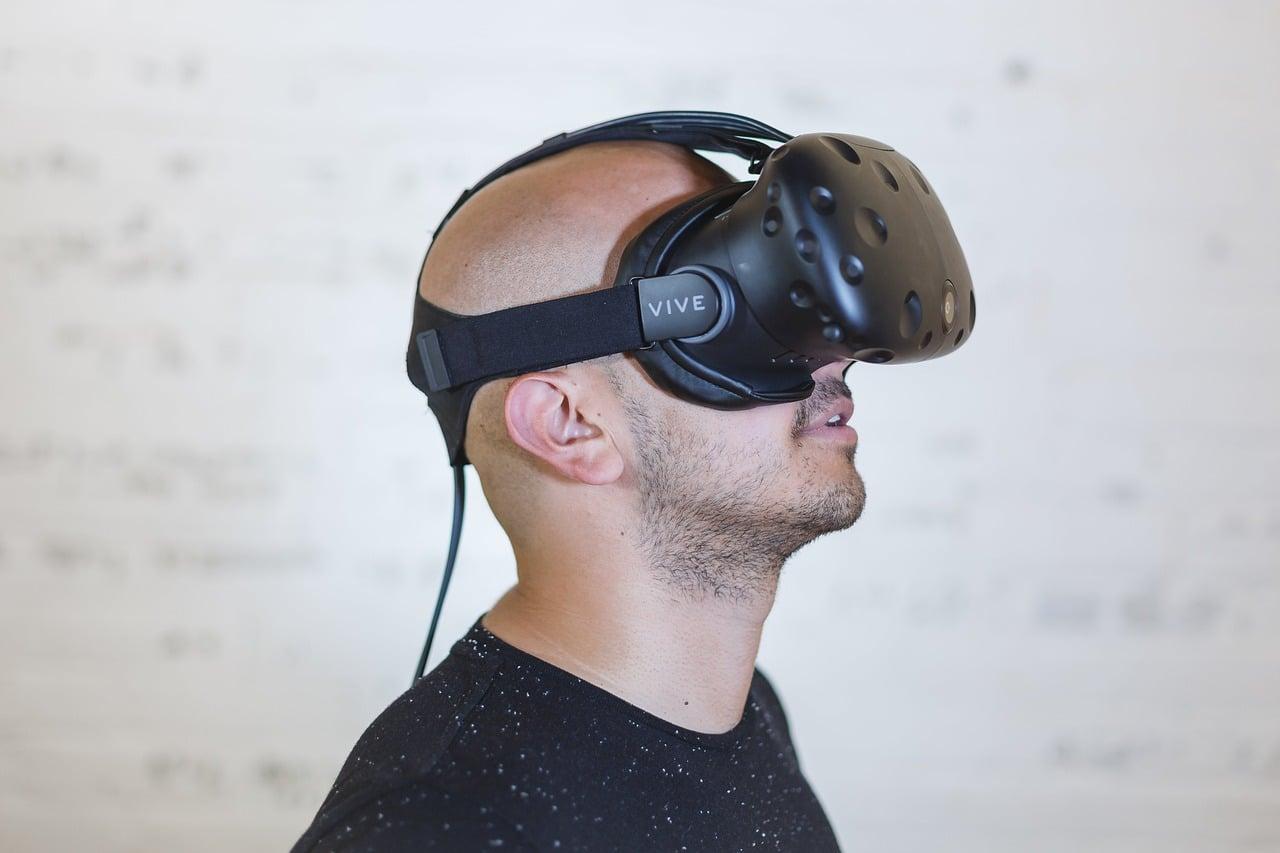 Best VR Shooters Header Image