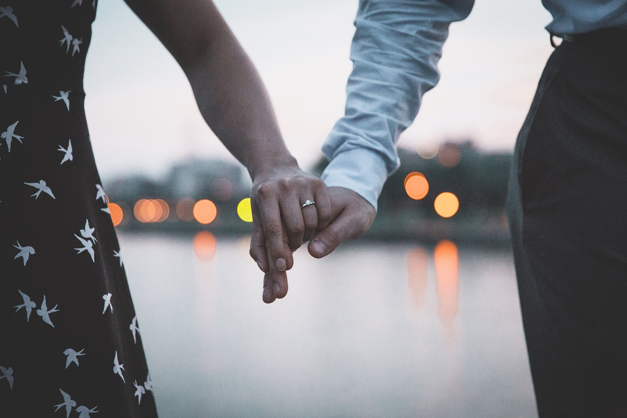 Diamond Ring Engagement Tips Header Image