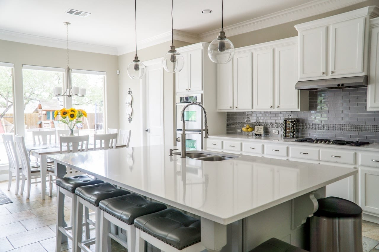10 Kitchen Remodeling Tips Article Image