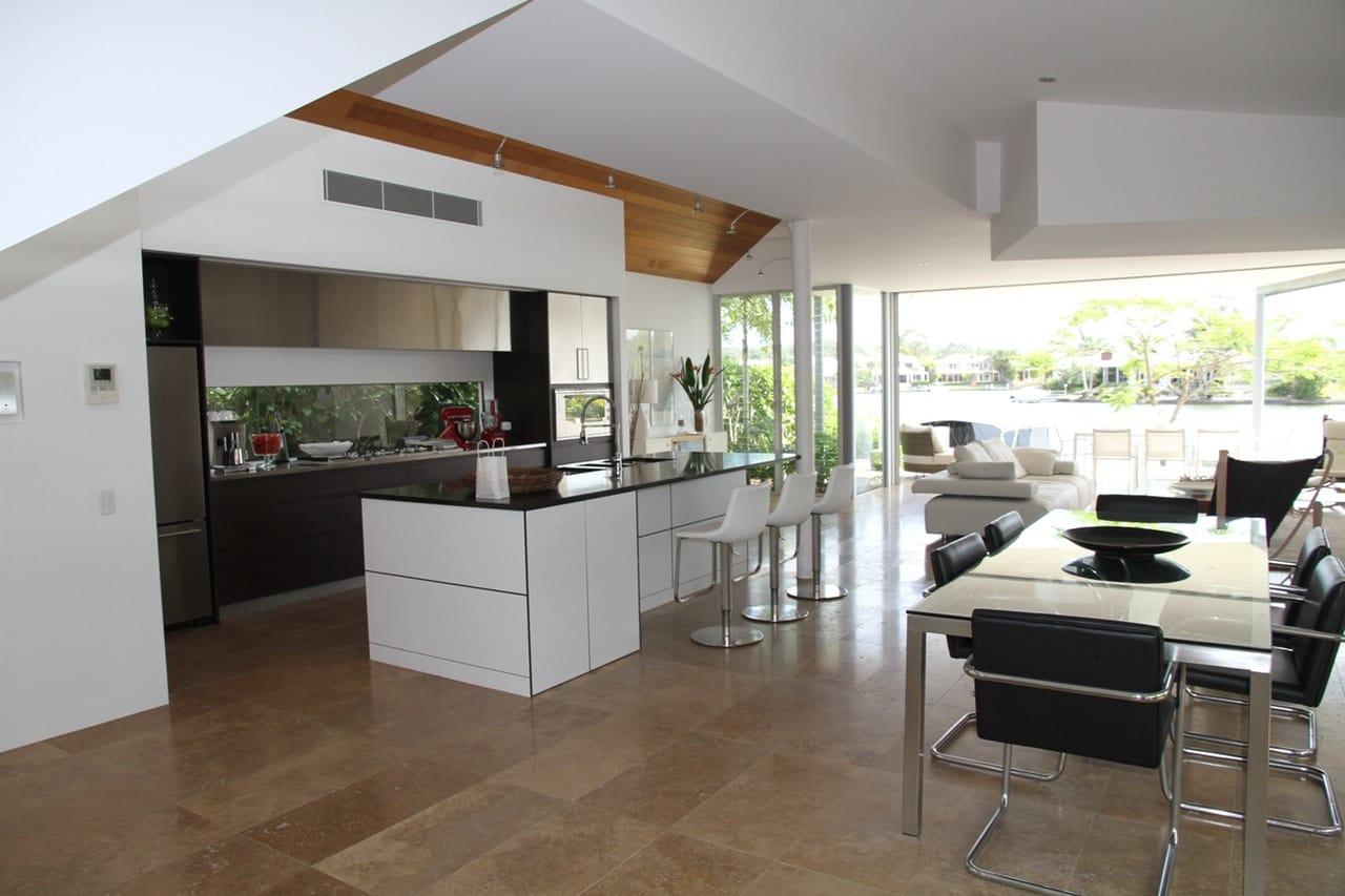 10 Kitchen Remodeling Tips Header Image