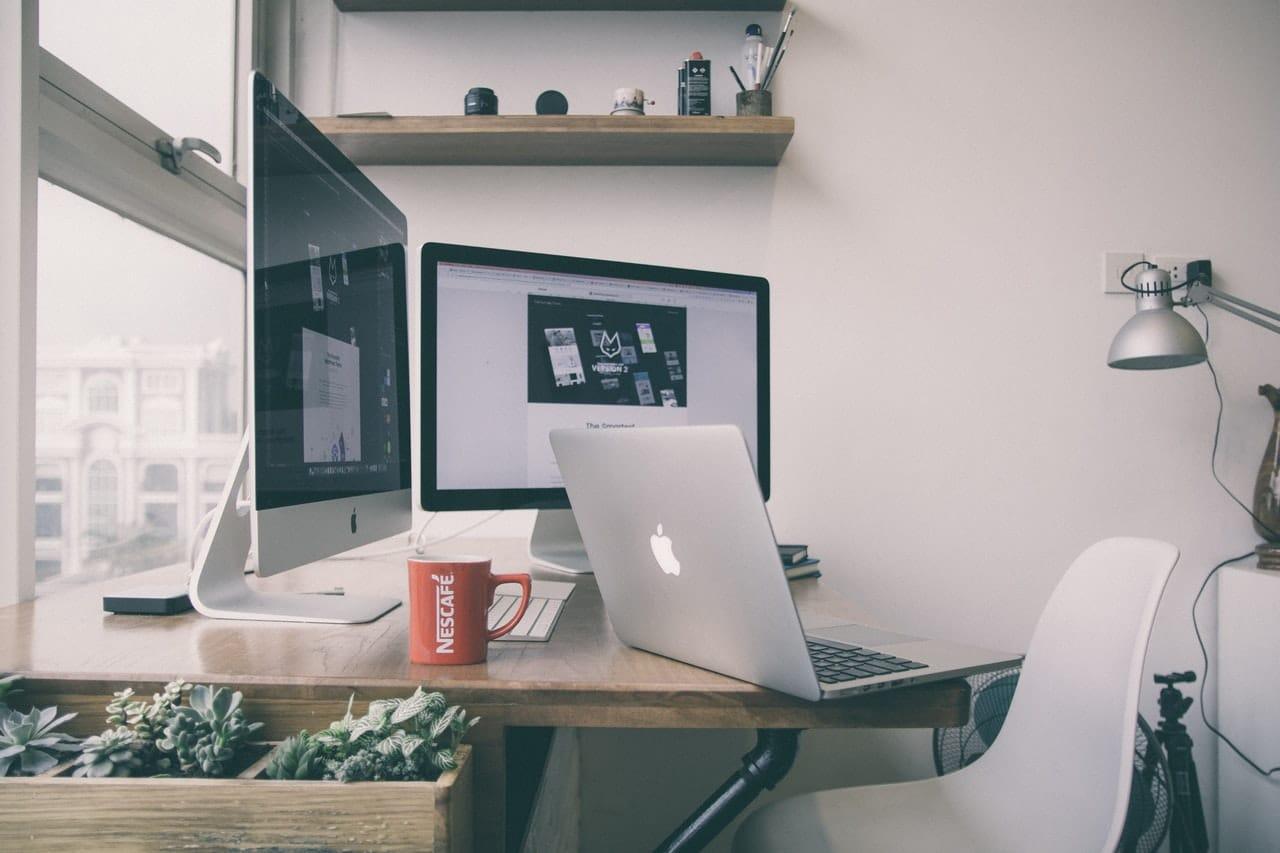 3 Ways build Business Website Header Image