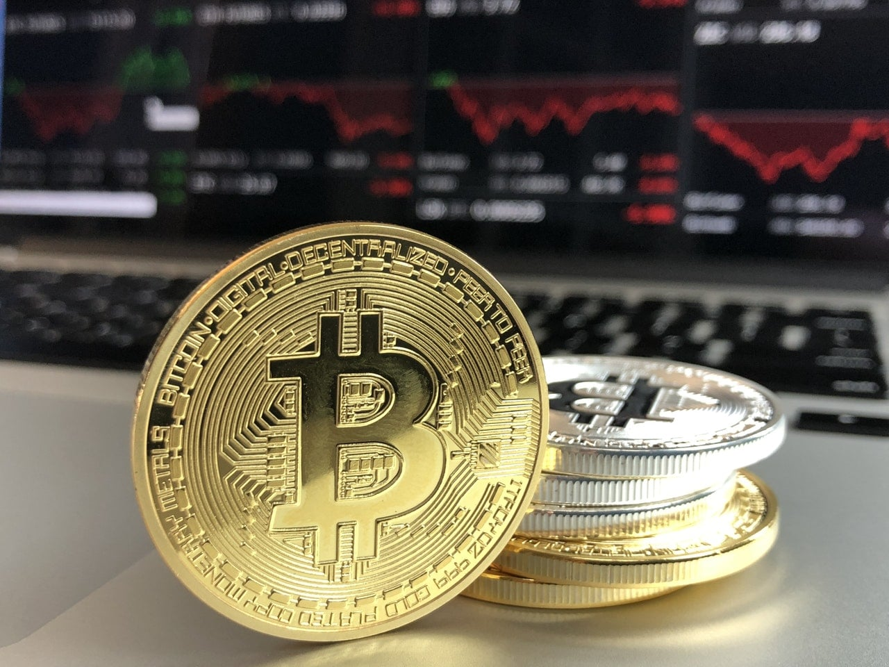 Bitcoin Cryptocurrency Speculators Article Image