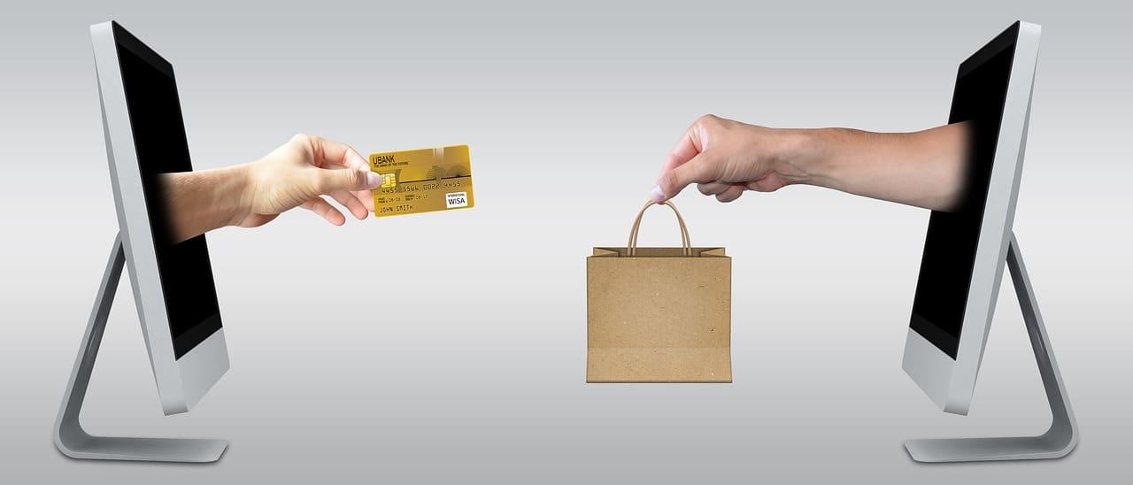 Optimize E-Commerce Holiday Season Article Image