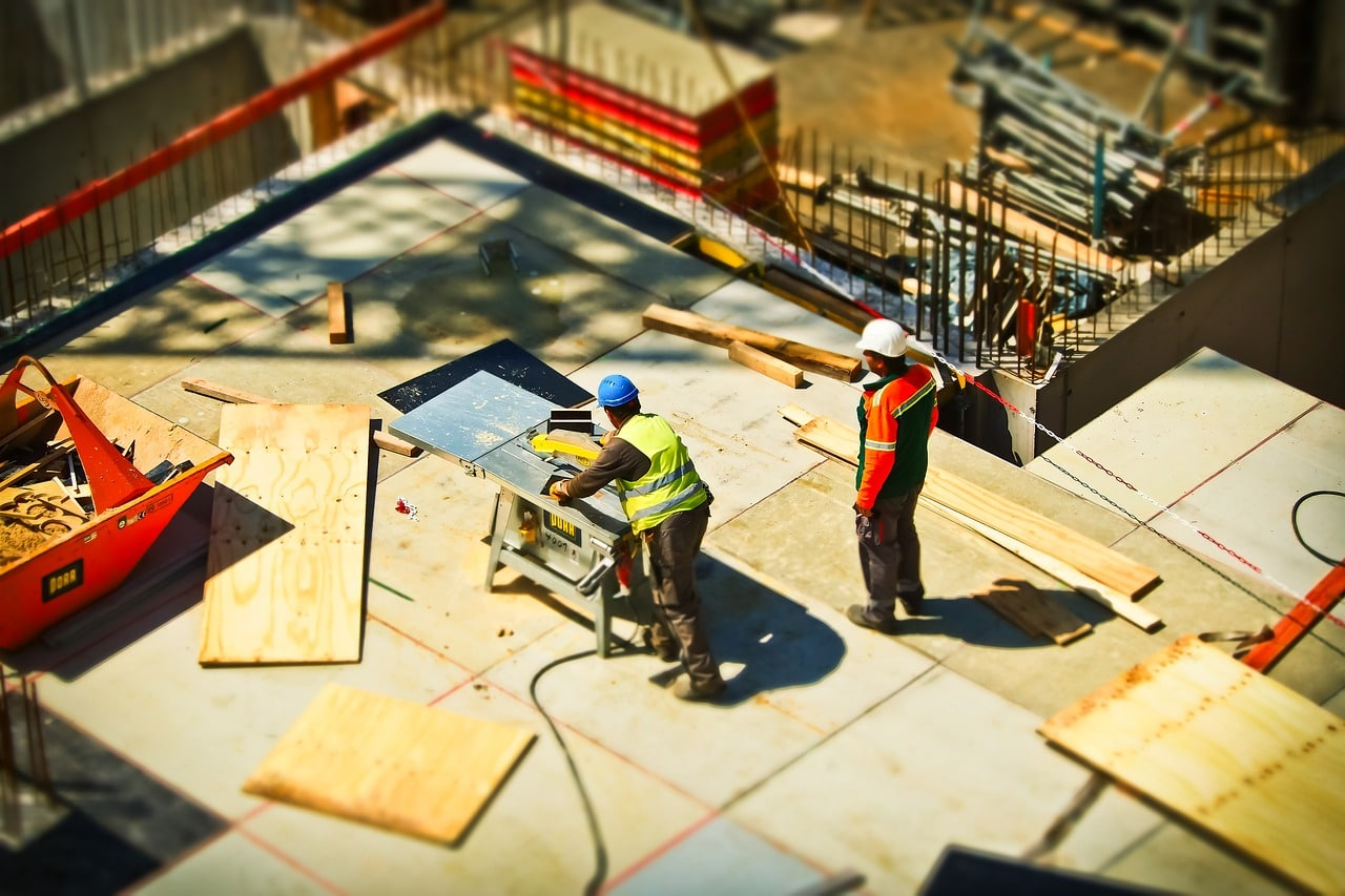 Safety Tips Home Construction Header Image