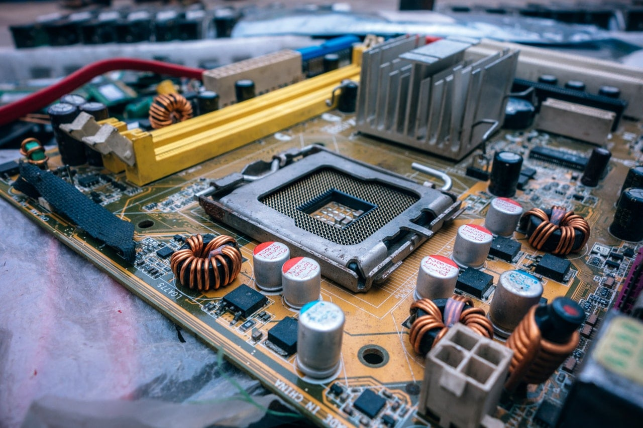 5 Tips Laptop Repair Shop Article Image