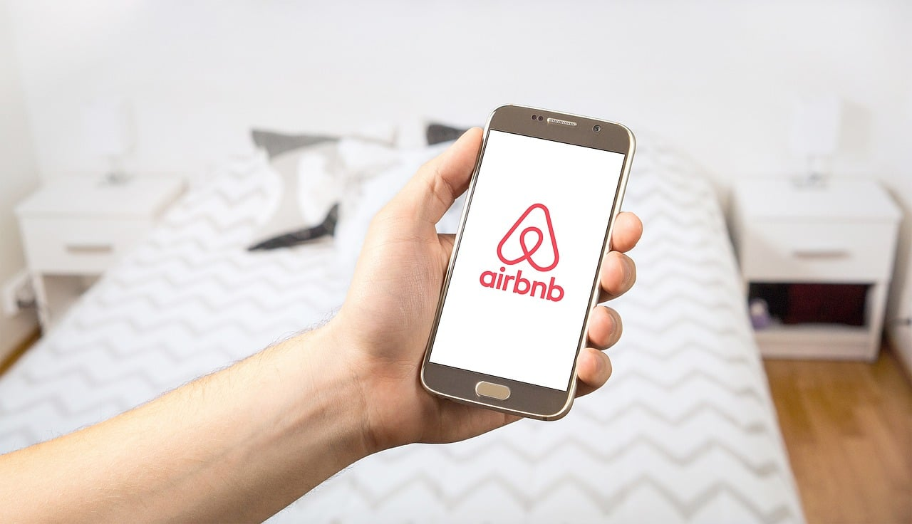 Airbnb Business Tips Header Image