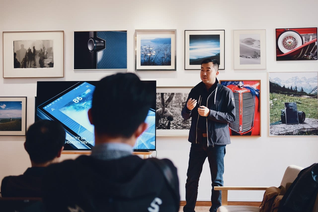 the best tools for nailing a business presentation