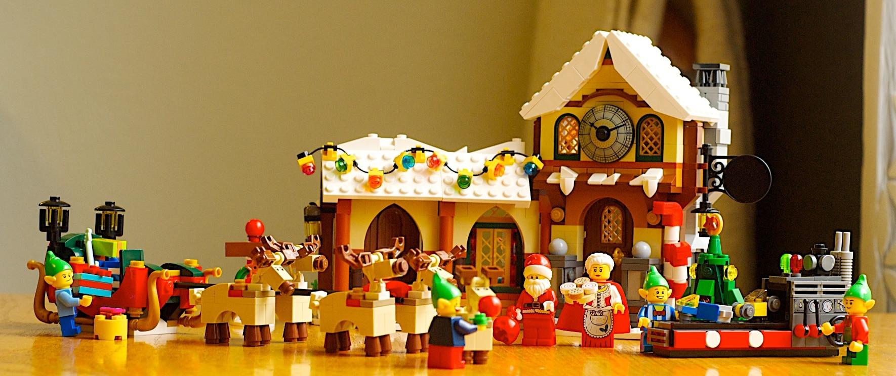 Christmas LEGO Sets Article Image