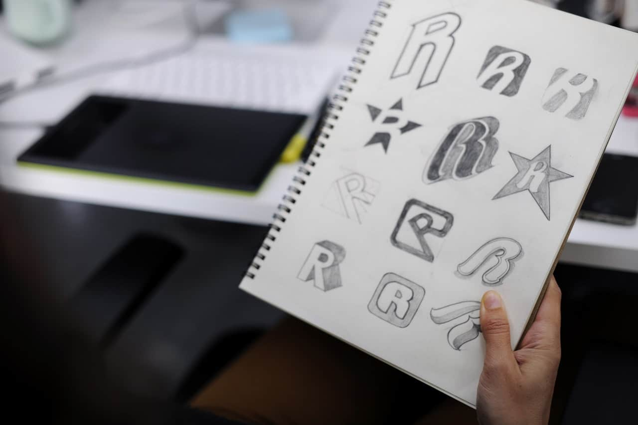 Creating Business Logo Article Image