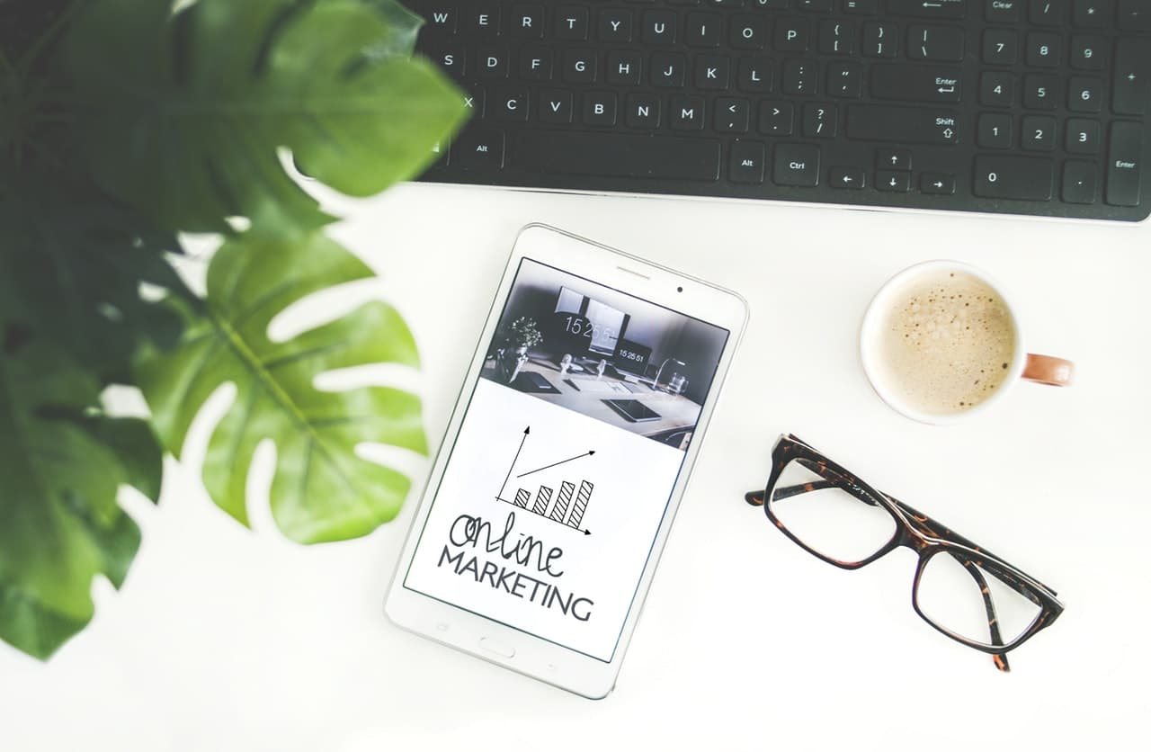 5 Benefits Online Marketing Article Image