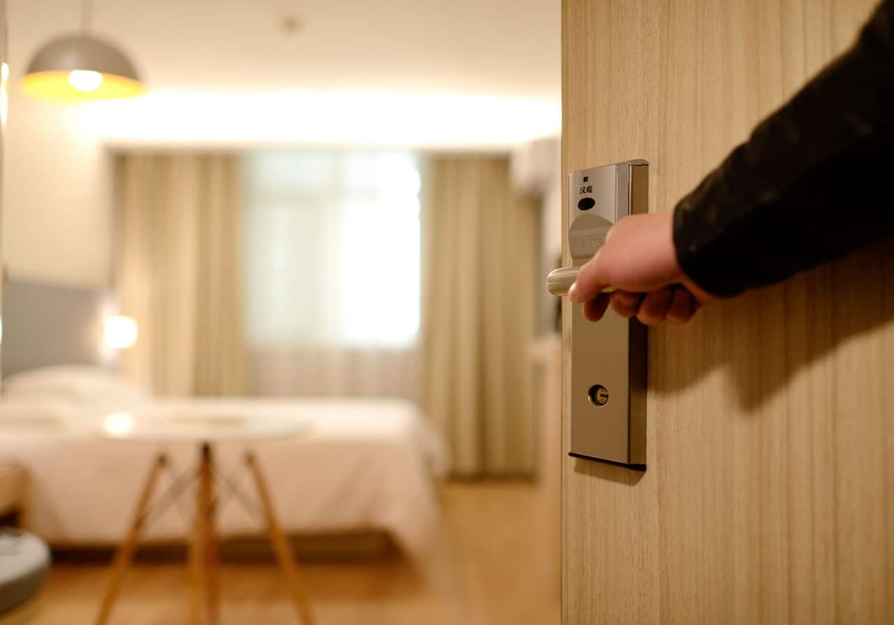 8 Most Common Hotel Booking Mistakes To Avoid