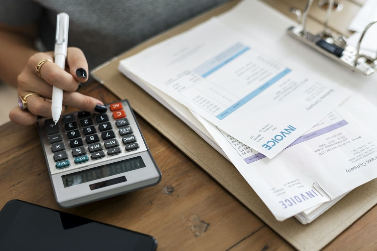 Lower Your Utility Bills In 6 Easy Steps