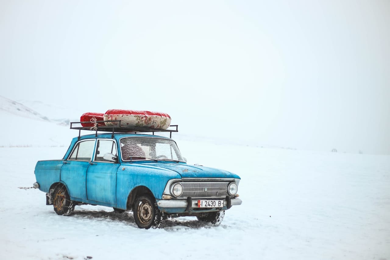 8 Car Rental Tips Header Image