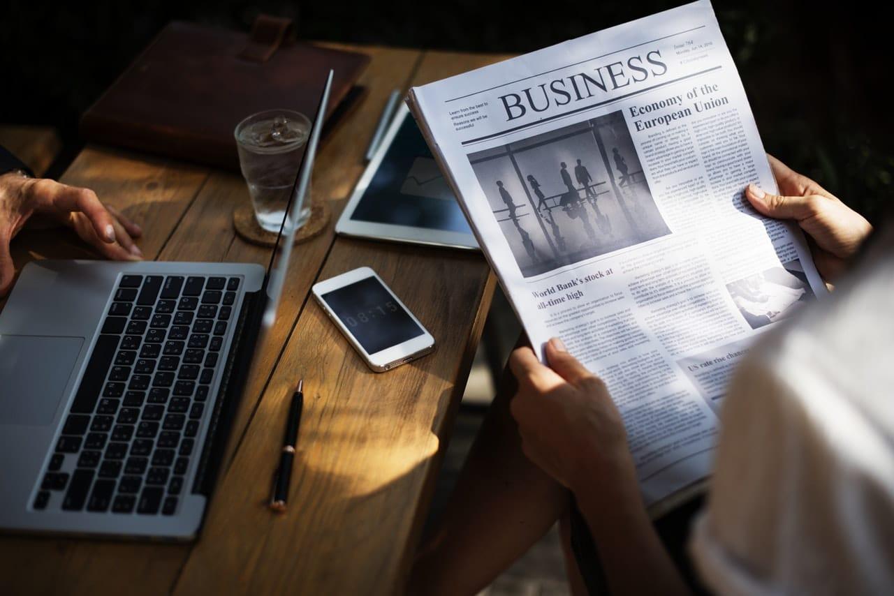 8 Passive Income Tips Article Image
