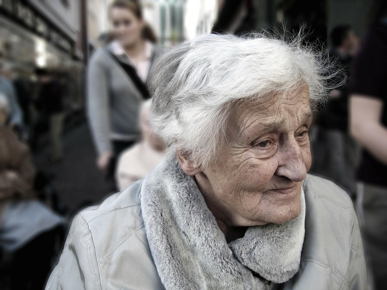 Tweaks Lifestyle Prevent Dementia Header Image