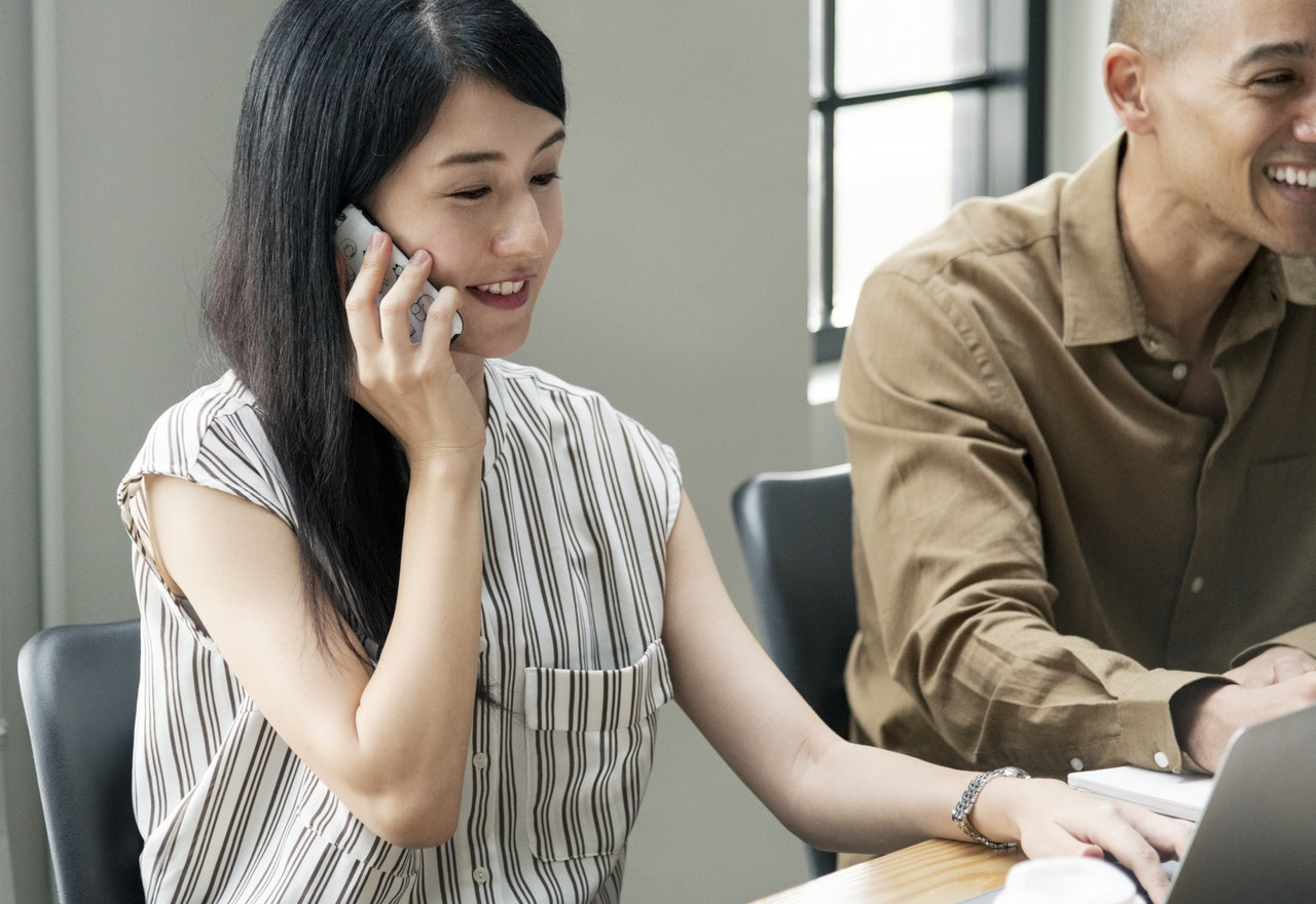 3 Ways Increase Call Center ROI Article Image