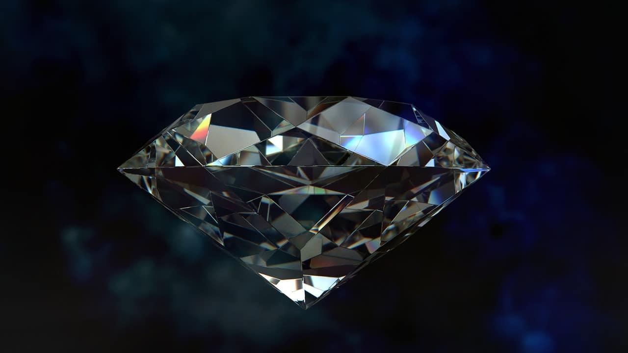 7 Tips Buying Diamonds Online Article Image