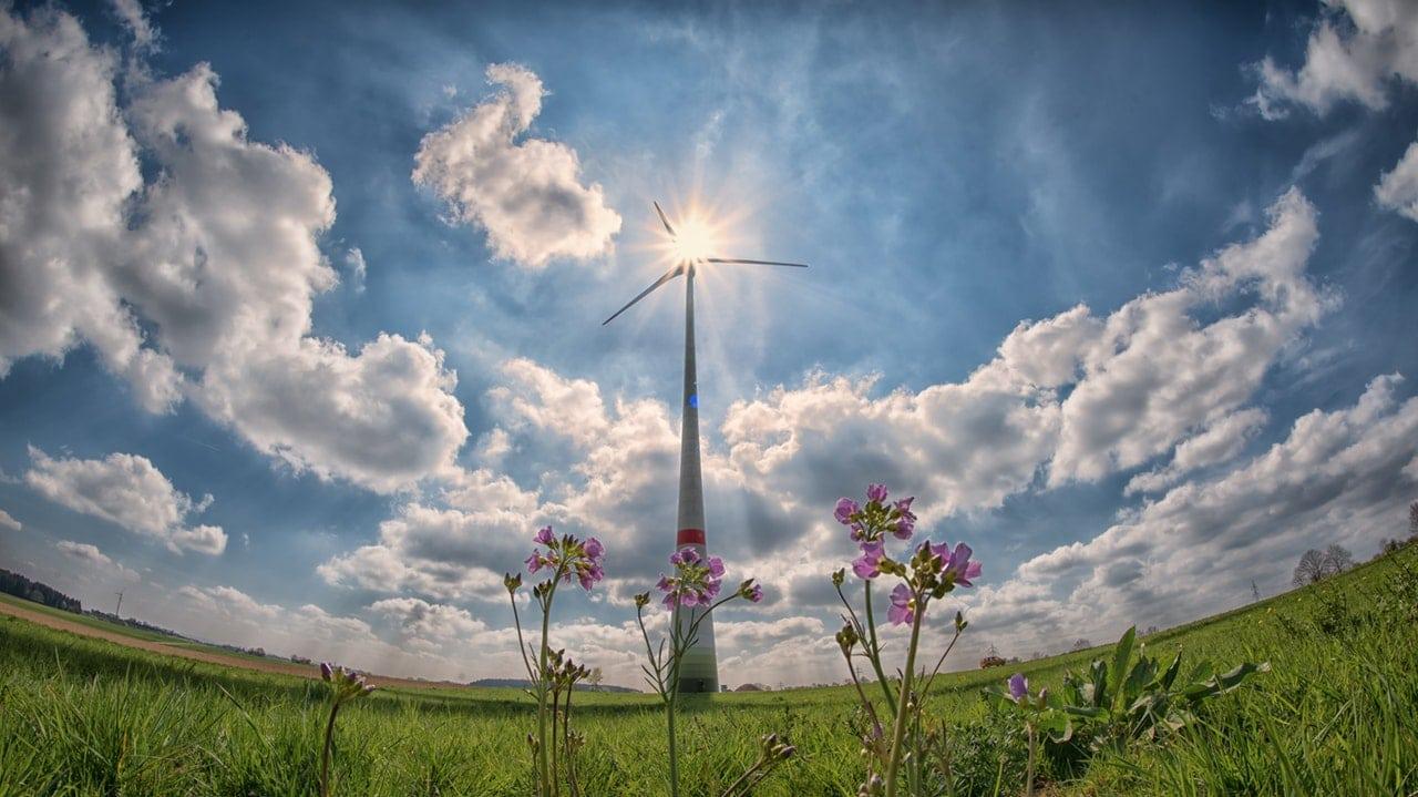 Benefits Renewable Energy Header Image
