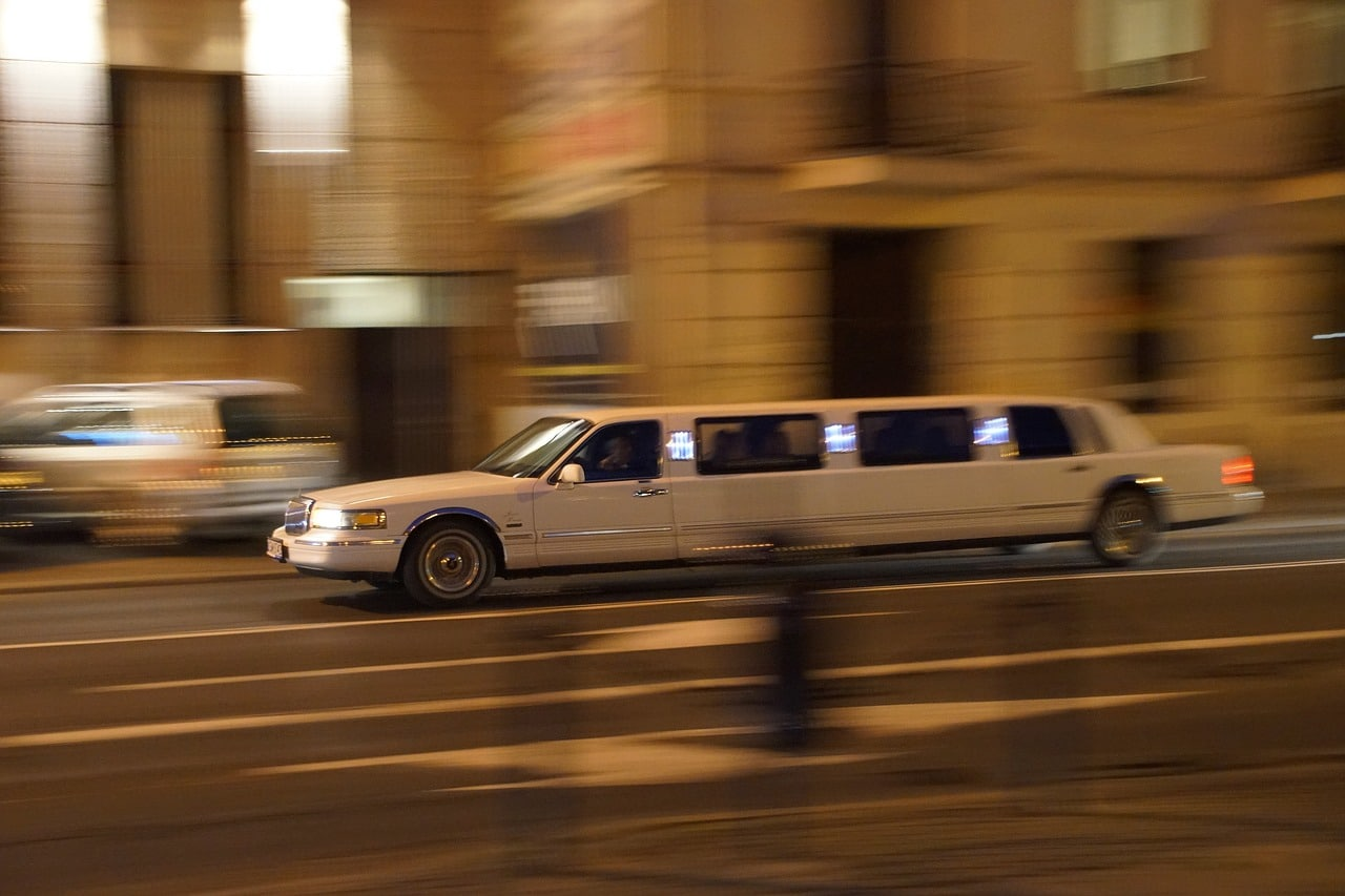 Hiring Party Bus Limo Header Image
