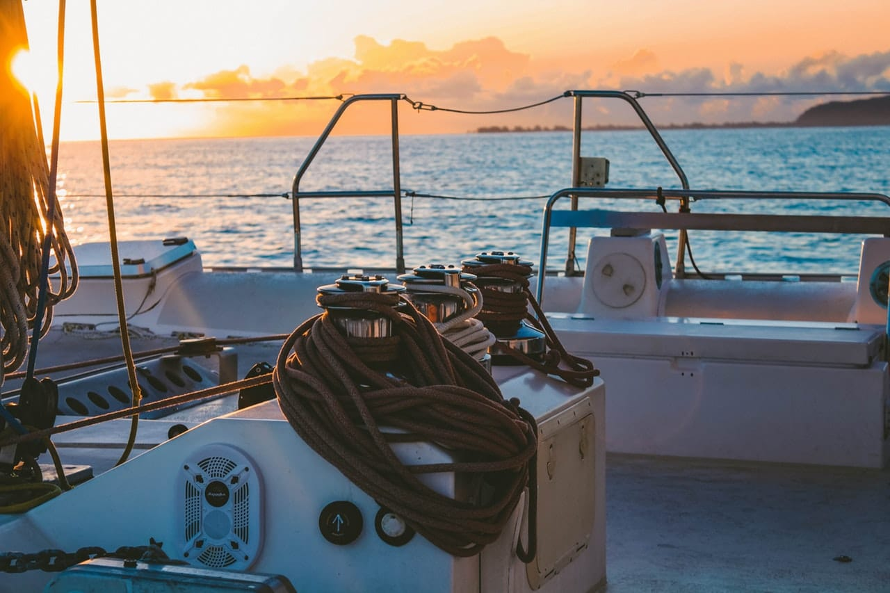 8 Types Boat Person Article Image