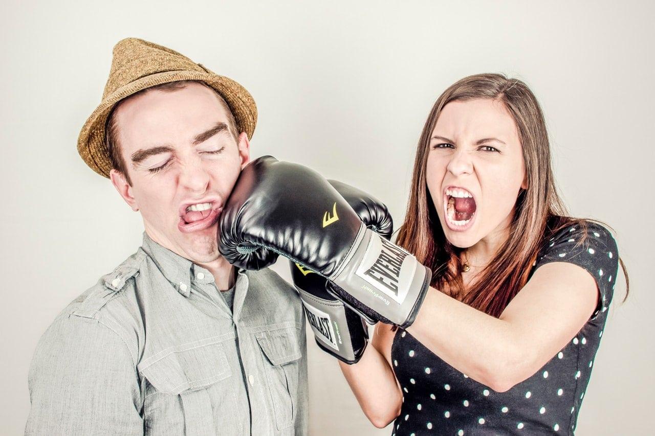 Secretly Plan Divorce Article Image